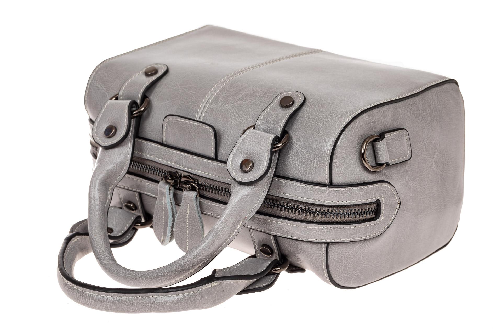 На фото 3 - Маленькая сумочка из натуральной кожи, цвет серый