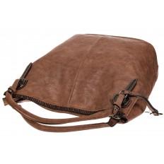 На фото 4 - Мягкая женская сумка из искусственной кожи пудрового цвета