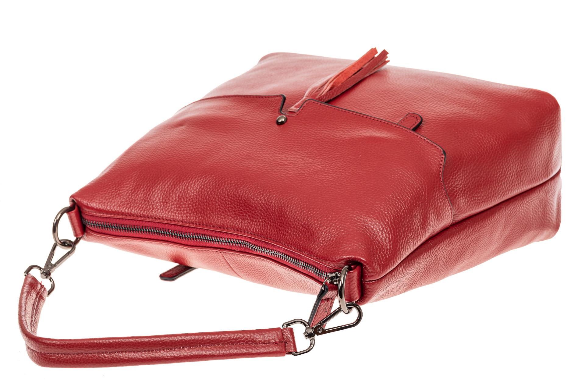 На фото 4 - Сумка женская Хобо из натуральной кожи, цвет красный