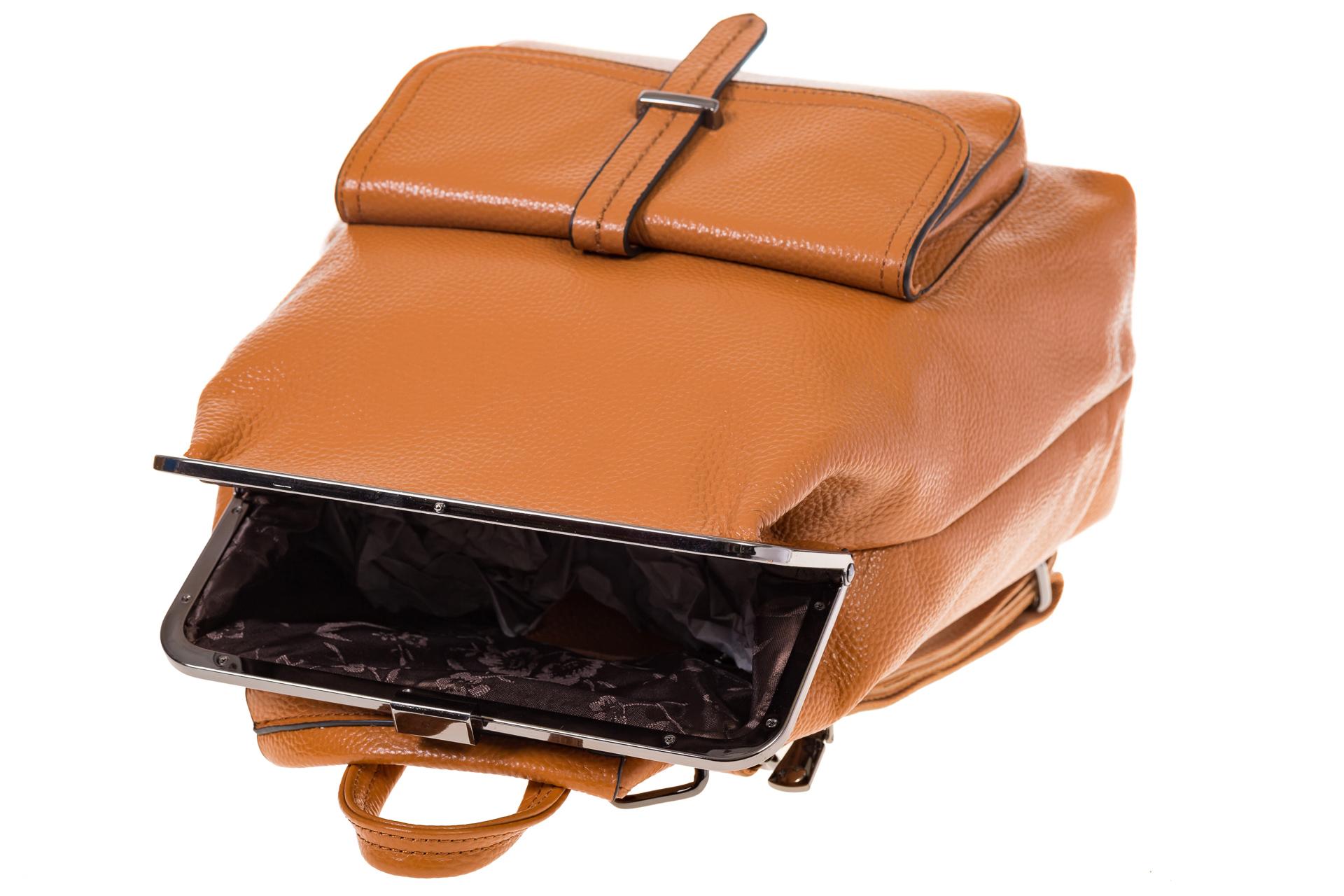 На фото 4 - Рюкзак с рамочным замком, цвет коричневый 1913AR