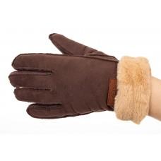 На фото 1 - Кроеные утепленные перчатки женские из велюра, цвет кофе