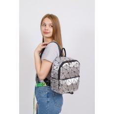 На фото 4 - Рюкзак с 3D эффектом из искусственной кожи, цвет серебро