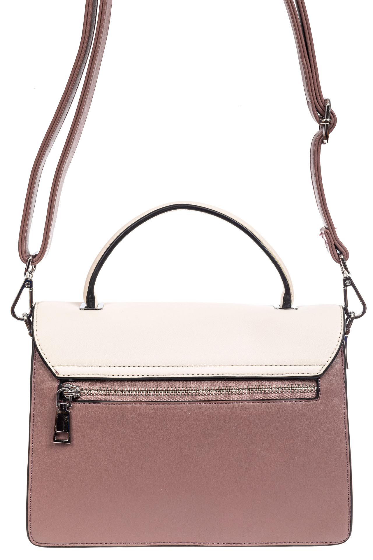 На фото 3 - Легкая летняя сумка с клапаном из экокожи, цвет пудра
