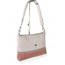 На фото 1 - Вечерняя сумка из мягкой экокожи со стразами и подвесками, цвет пудровый с розовым