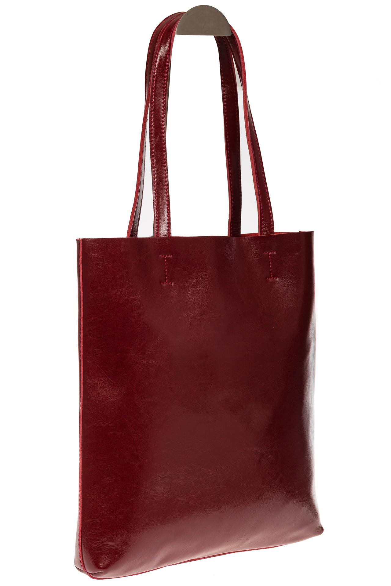 На фото 1 - Кожаная сумка-пакет бордового цвета