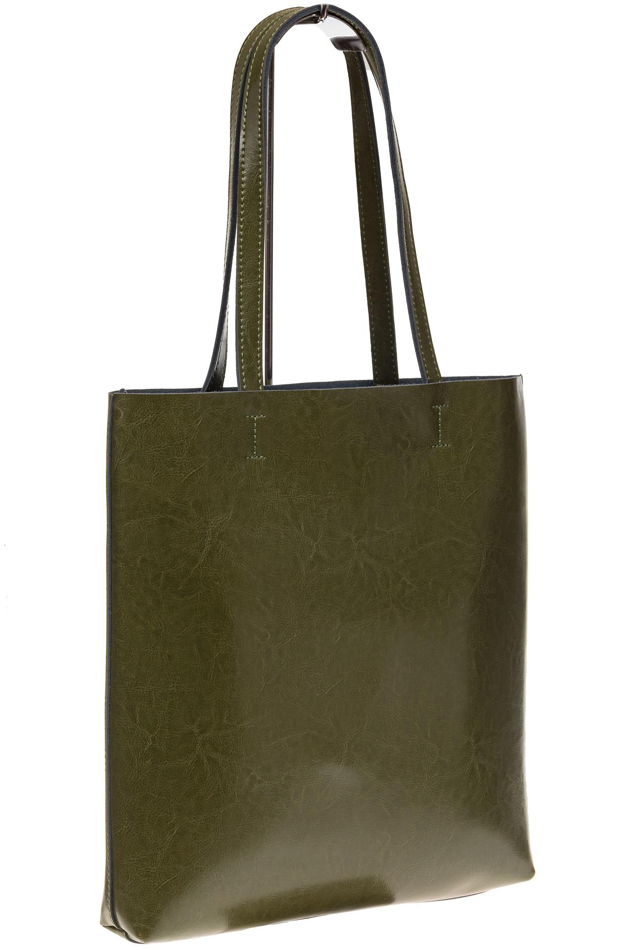 На фото 1 - Кожаная сумка-пакет зеленого цвета