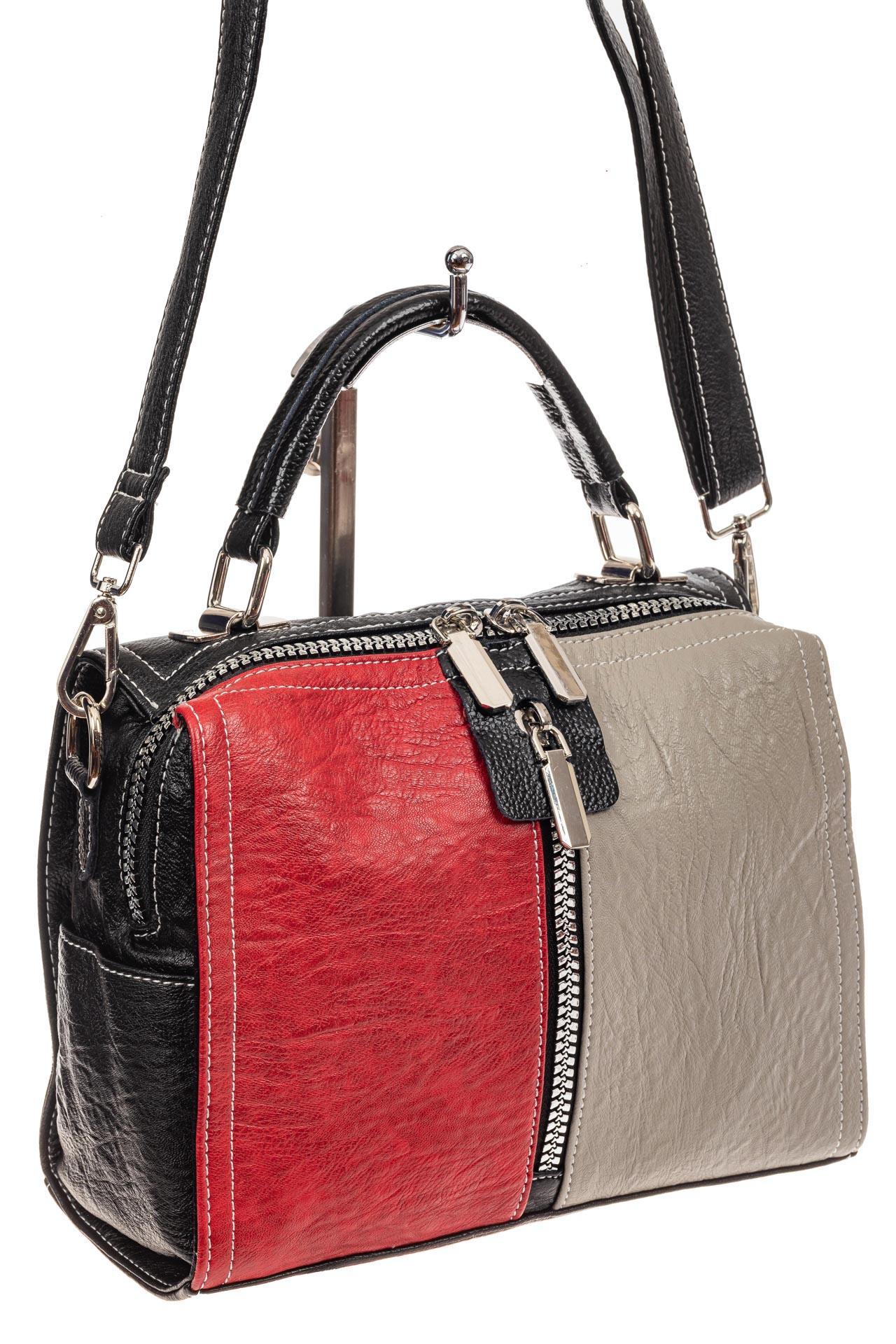На фото 1 - Женская сумка купол из искусственной кожи, цвет комбинированный (красный, черный, серо-бежевый)
