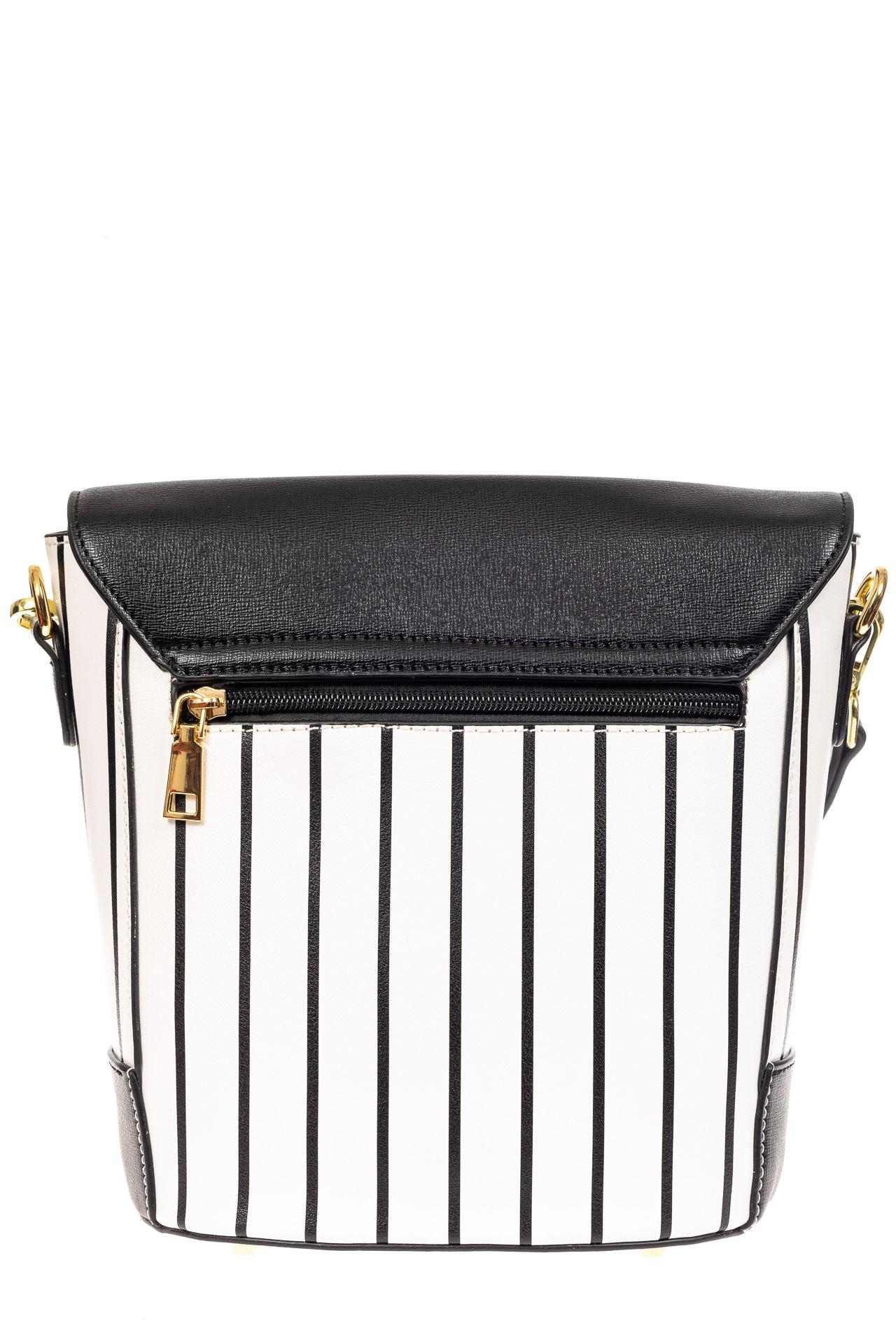 На фото 3 - Женская сумка из кожзама сумка с клапаном, цвет черный