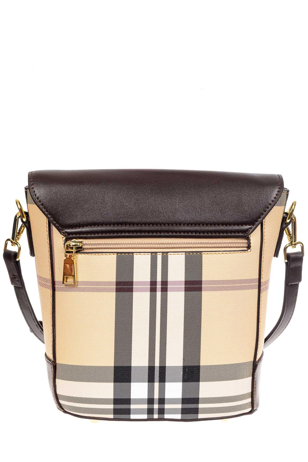 На фото 3 - Женская сумка из кожзама сумка с клапаном, цвет коричневый