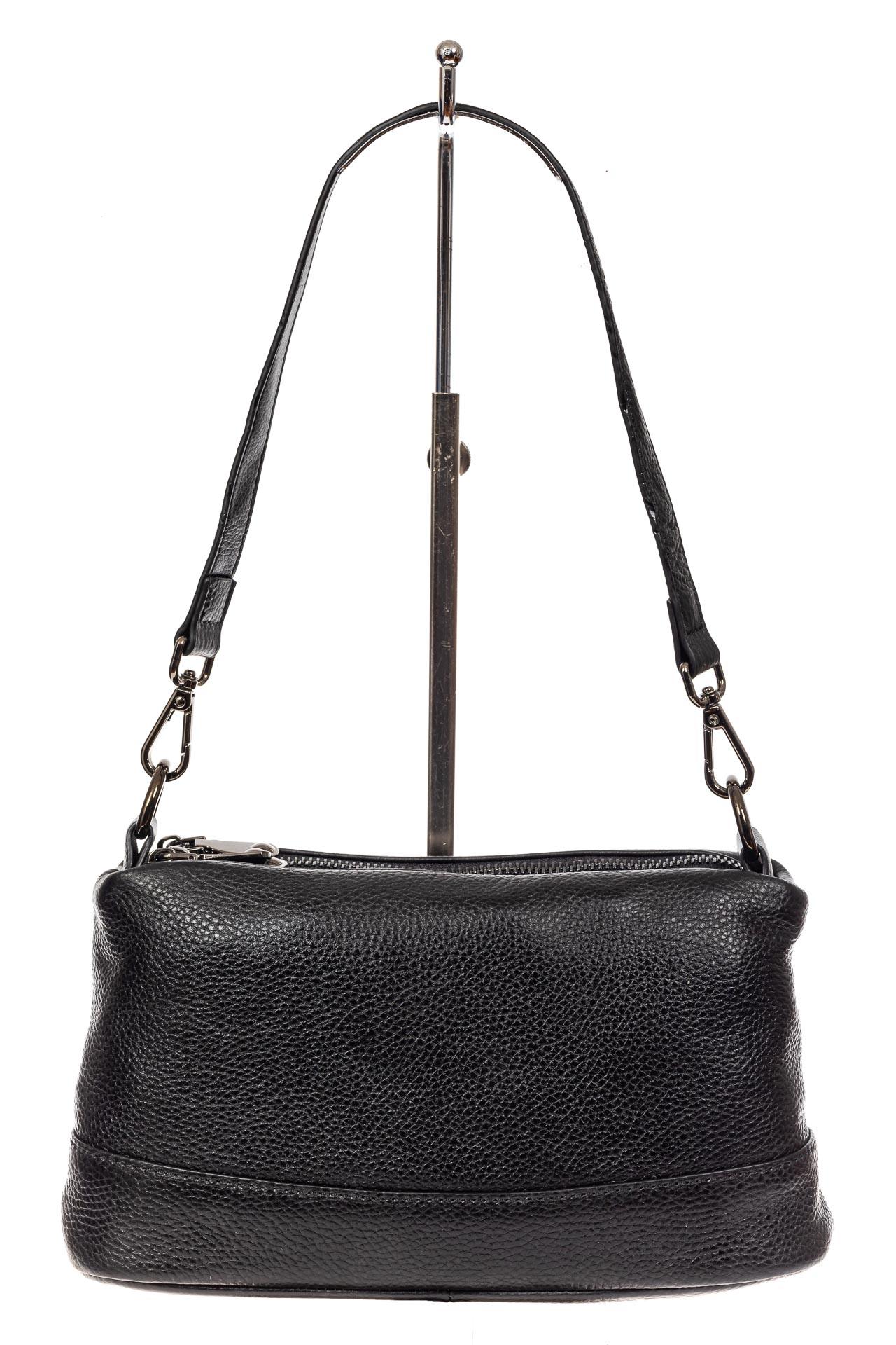 На фото 2 - Кожаная сумка багет, цвет черный