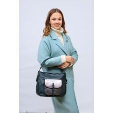 На фото 1 - Женская сумка хобо из гладкой экокожи, цвет зеленый