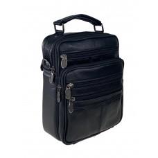 На фото 1 - Мужская чёрная сумка для документов из фактурной натуральной кожи