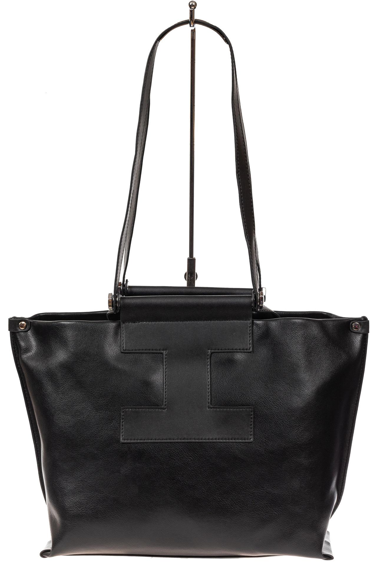 На фото 3 - Женская сумка из натуральной кожи, цвет чёрный