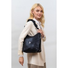 На фото 1 - Женская сумка хобо из искусственной кожи, цвет черный