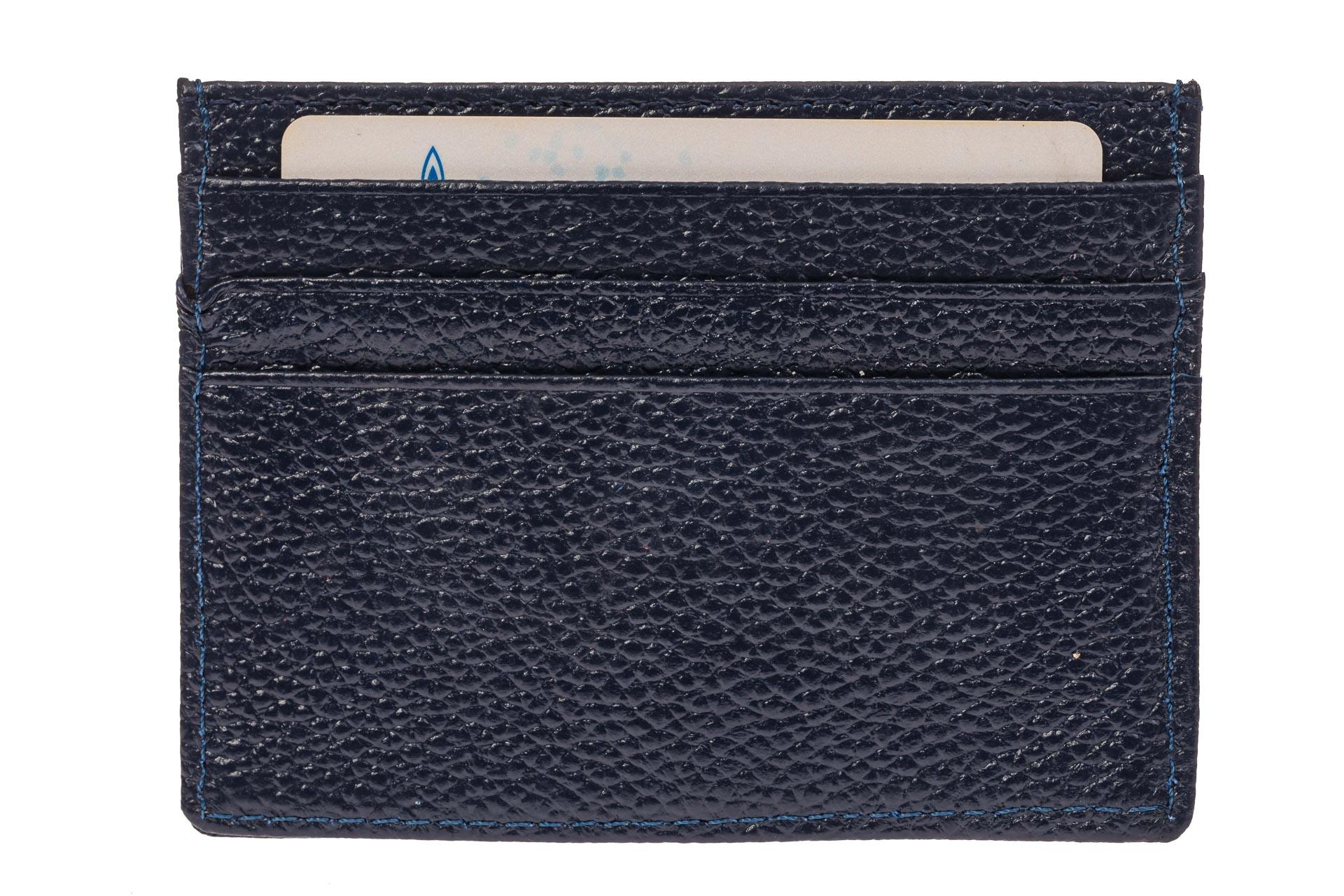 На фото 2 - Кожаный картхолдер на 6 карточек, цвет синий