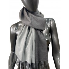 На фото 1 - Двухсторонний палантин из хлопка и шерсти, цвет серый и темно-серый