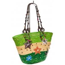 На фото 1 - Женская сумка-ведерко из соломы, цвет бежево-зеленый