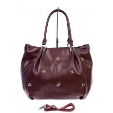 На фото 2 - Женская сумка хобо из гладкой экокожи, цвет бордо