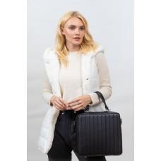 На фото 1 - Каркасная женская сумка из гладкой искусственной кожи, черный