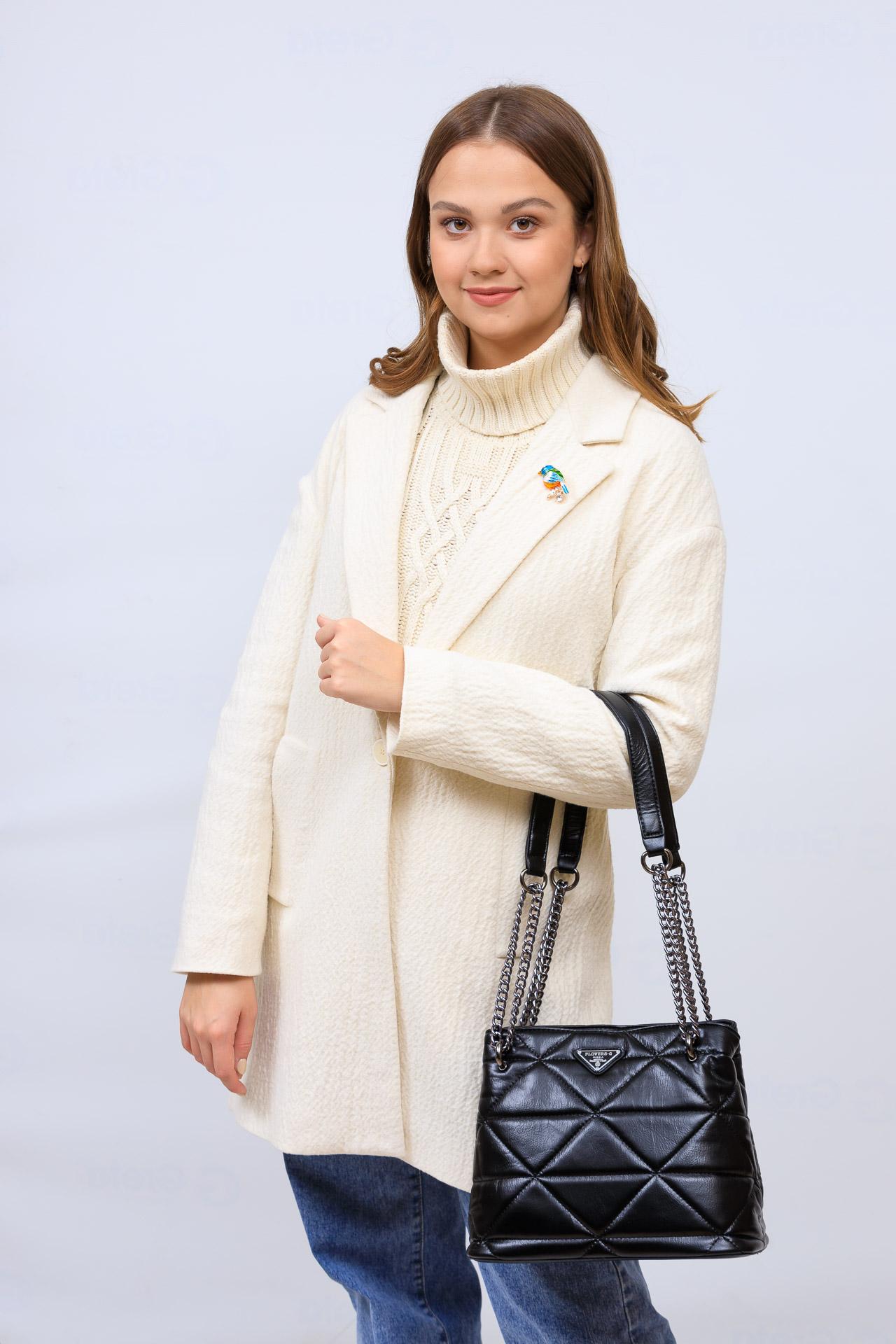 На фото 1 - Молодежная сумка из искусственной кожи,  цвет черный