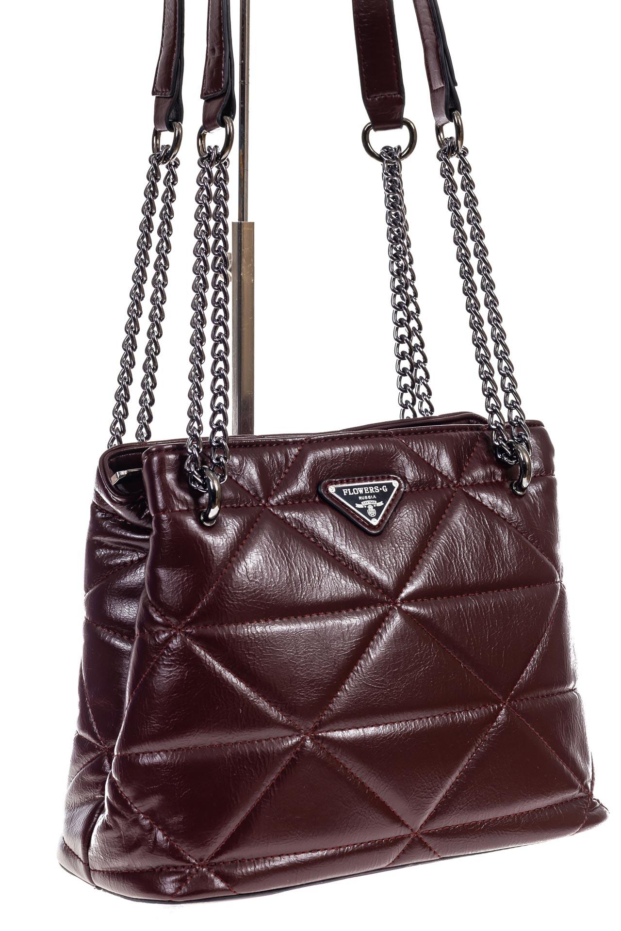На фото 3 - Молодежная сумка из искусственной кожи,  цвет бордо