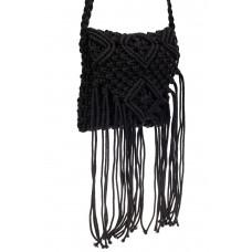 На фото 1 - Плетеная сумка с бахромой, цвет черный