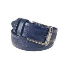 На фото 1 - Кожаный мужской ремень с геометрическим узором, цвет темно-синий