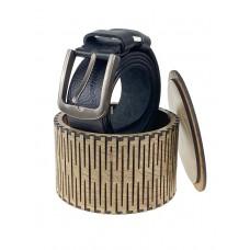 На фото 1 - Круглая деревянная шкатулка для ремня, цвет ореховый