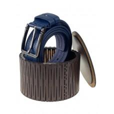 На фото 1 - Круглая деревянная шкатулка для ремня, цвет каштан
