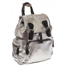 На фото 1 - Рюкзак-портфель из искусственной кожи серебристого цвета