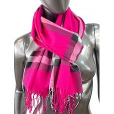 На фото 1 - Кашемировый шарф-палантин с бахромой в клетку, цвет пурпурный