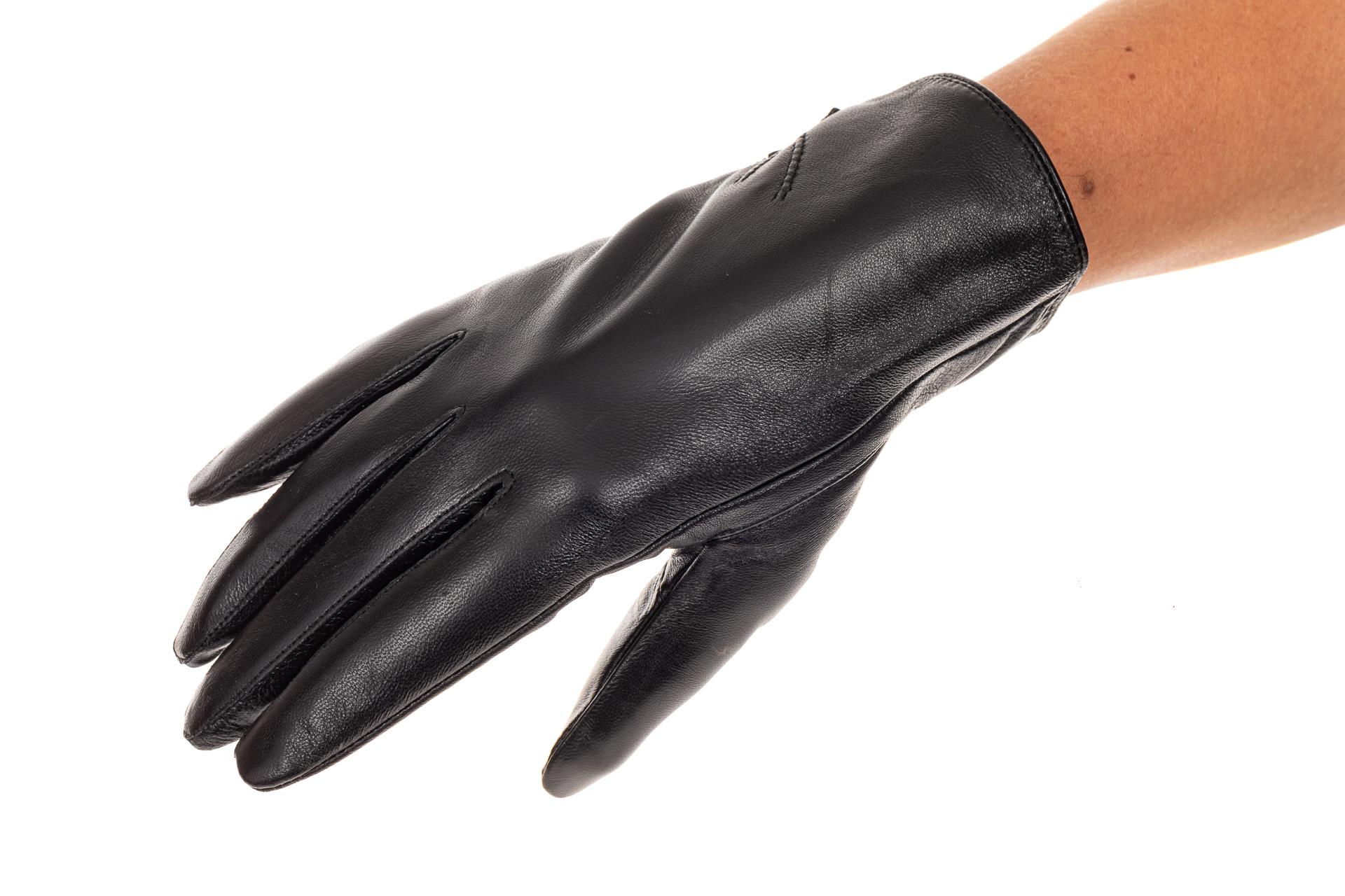 На фото 1 - Перчатки женские, материал - кожа, цвет черный