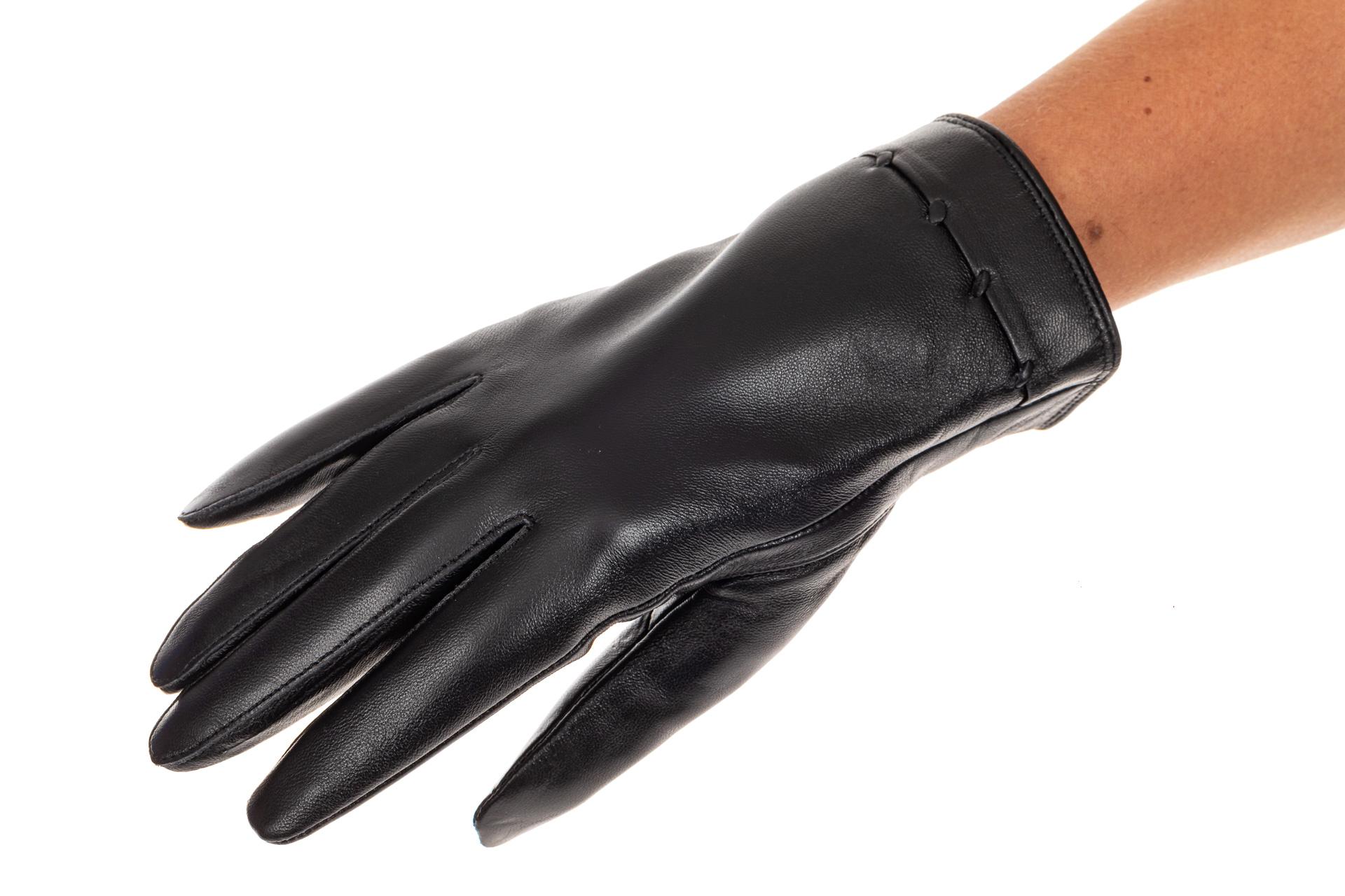 На фото 1 - Перчатки женские кожаные, размер на выбор, цвет черный