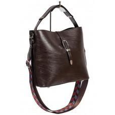 На фото 1 - Женская сумка-бочонок из искусственной кожи, цвет шоколад