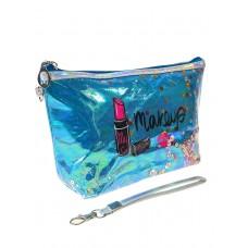 На фото 1 - Пенал-косметичка из ПВХ с принтом и пайетками, цвет голубой