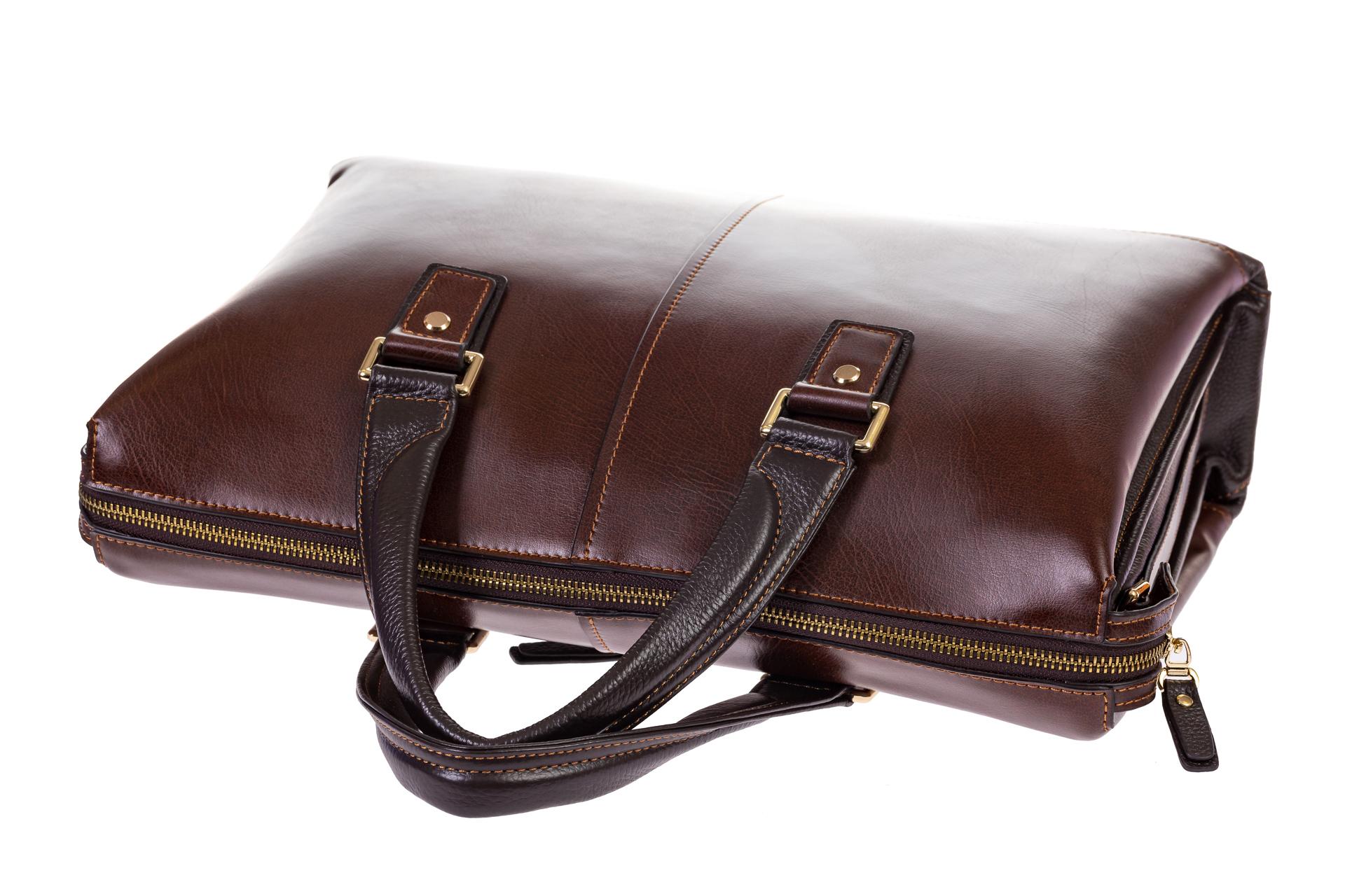 На фото 4 - Мужской кожаный портфель, цвет коричневый