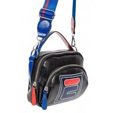 На фото 1 - Летняя сумка-малышка из искусственной кожи с принтом, цвет чёрный