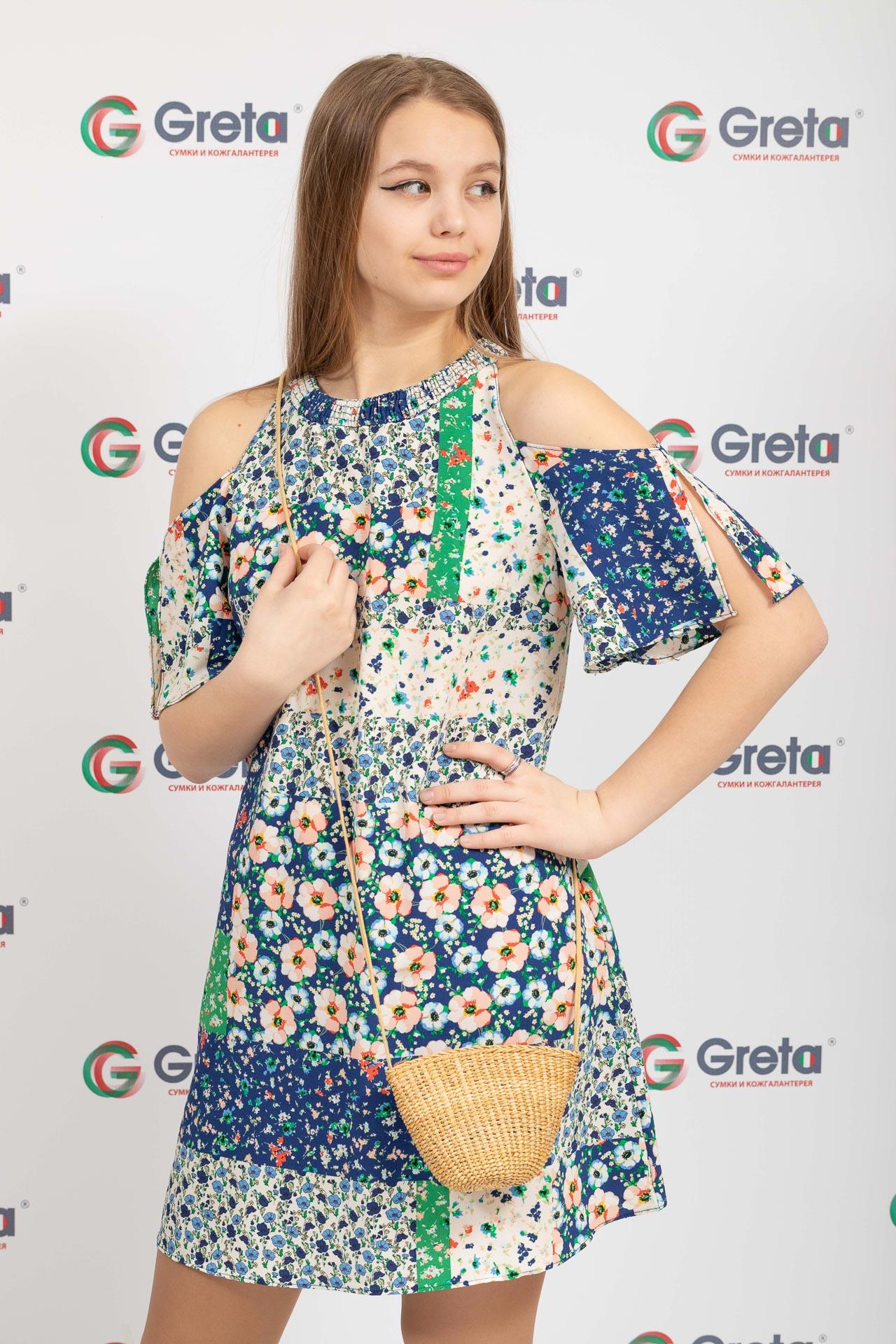 На фото 4 - Женская маленькая сумка на лето из соломки, цвет крафт