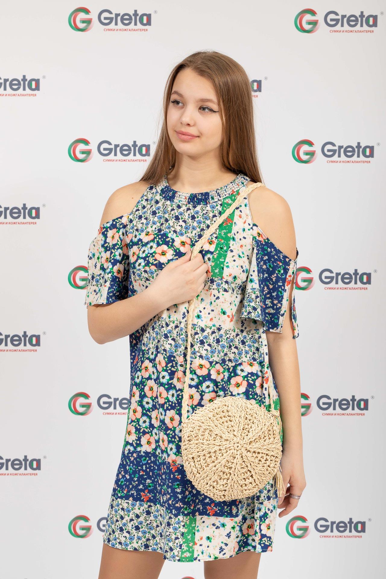 На фото 4 - Круглая плетеная женская сумка из джута, цвет светло-бежевый