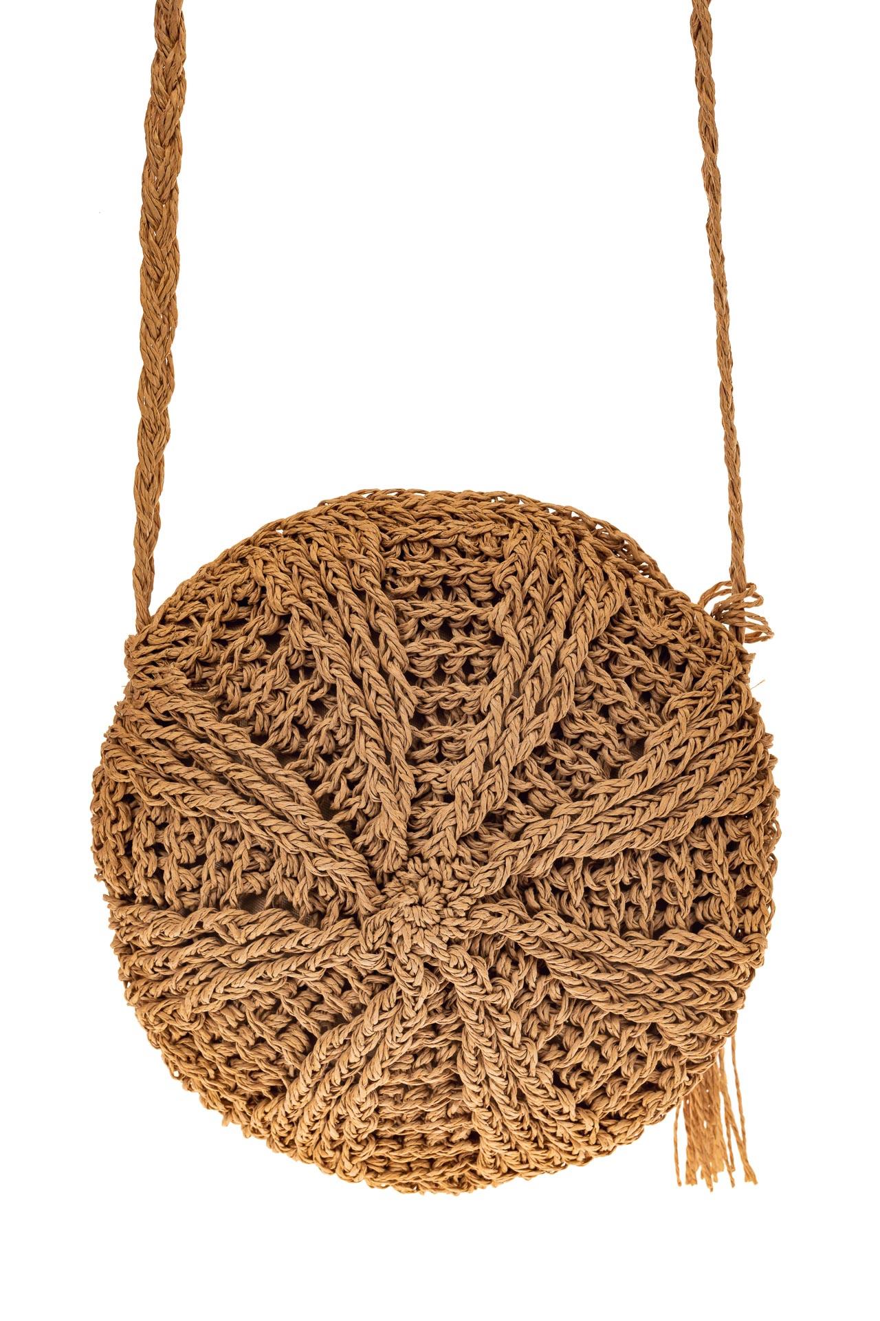 На фото 2 - Круглая плетеная женская сумка из джута, цвет крафт