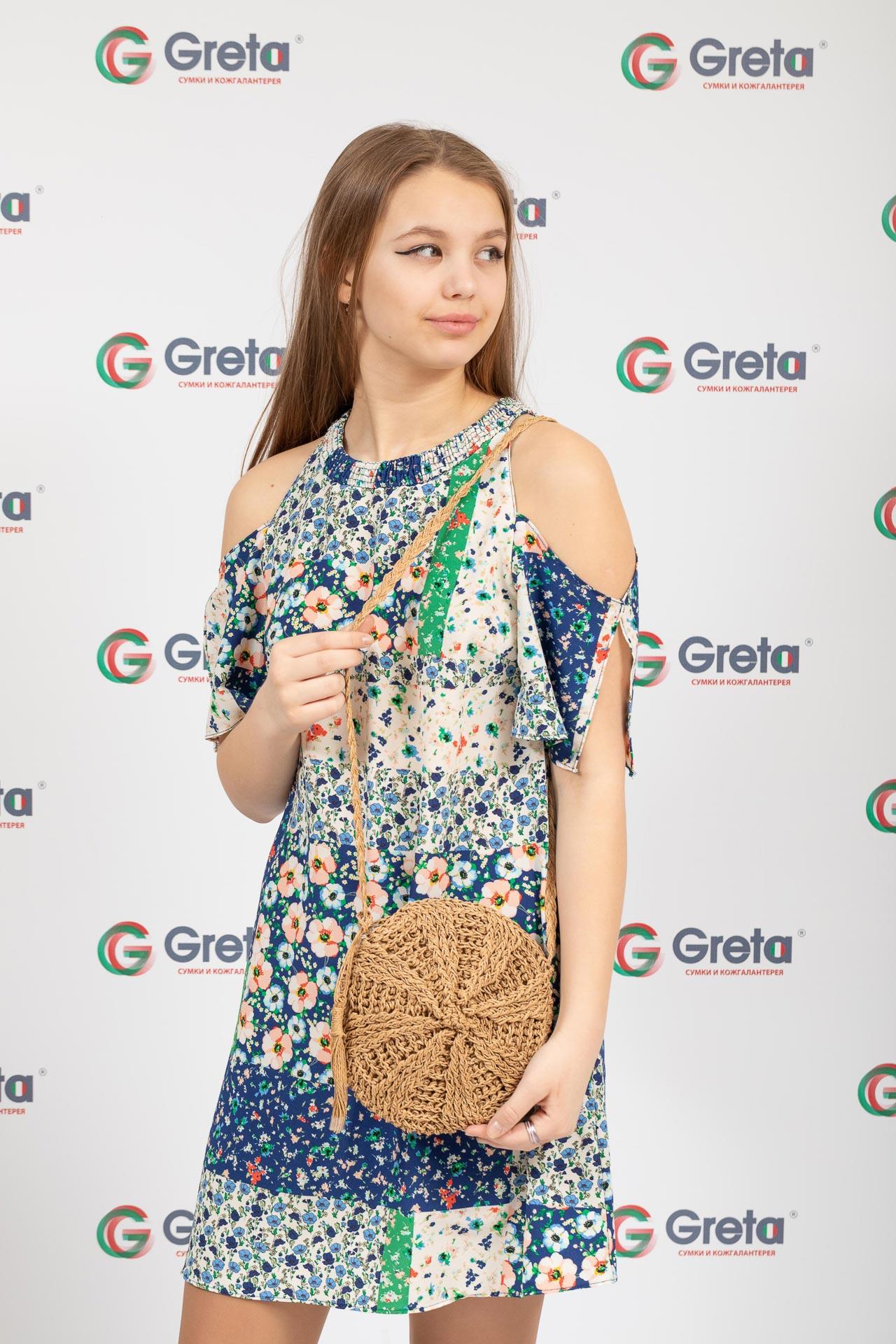 На фото 4 - Круглая плетеная женская сумка из джута, цвет крафт