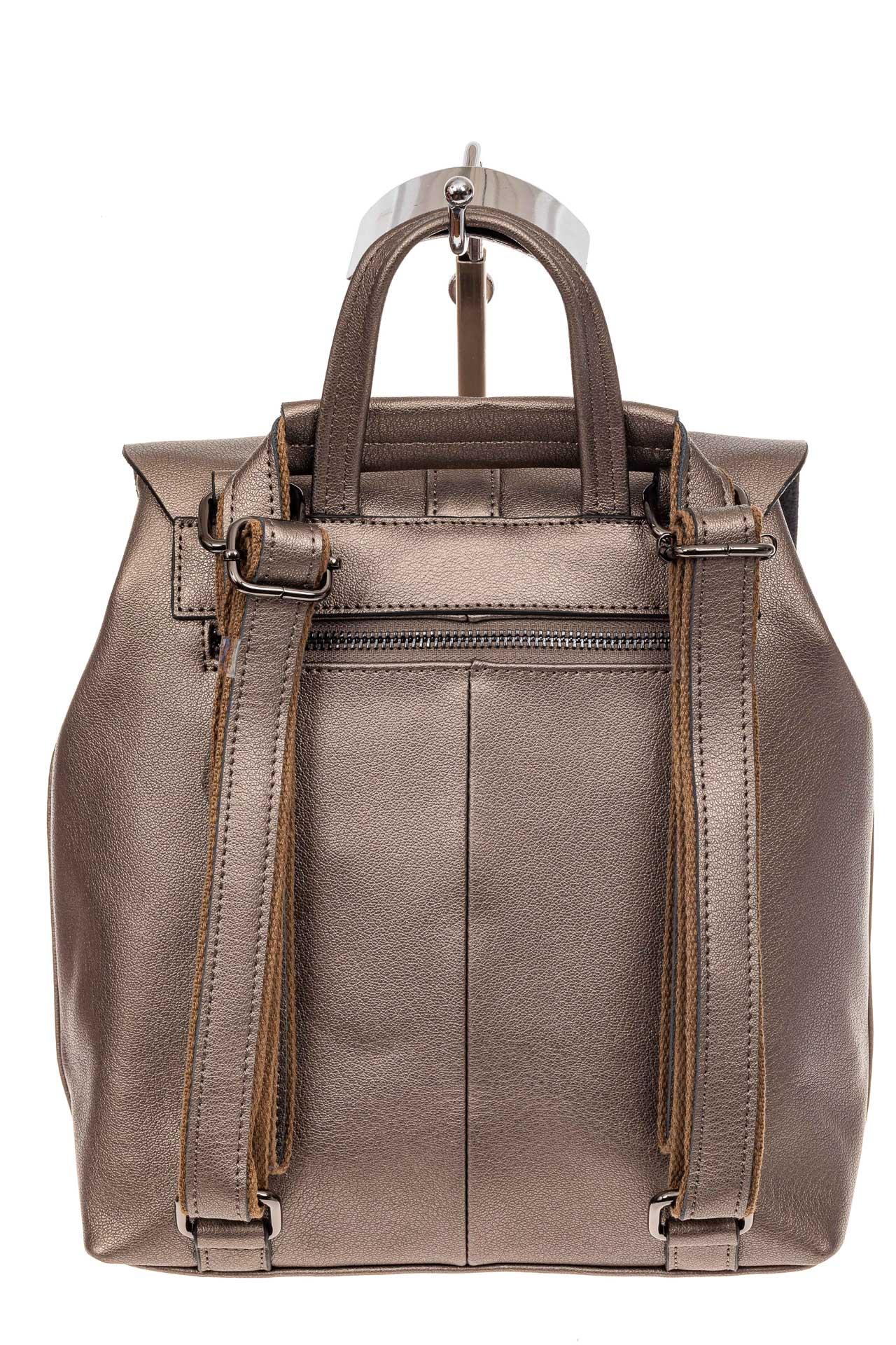 На фото 3 - Женский рюкзак трансформер из натуральной кожи, цвет бежевый