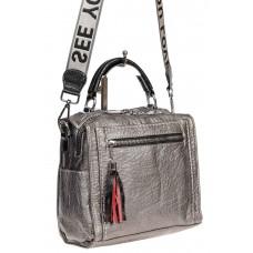 На фото 1 - Компактная сумка-рюкзак из искусственной кожи, цвет серебро