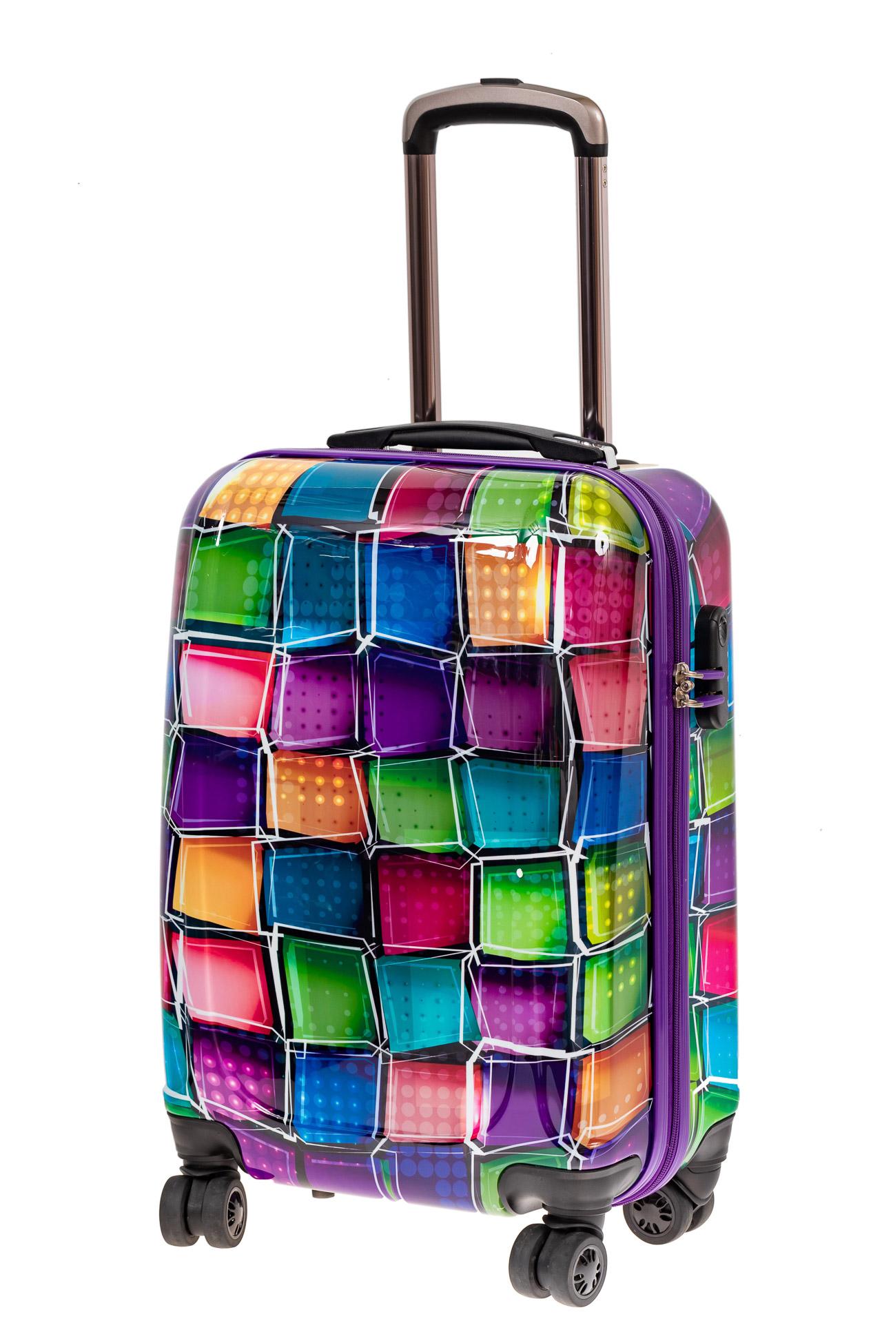 На фото 1 - Небольшой прочный пластиковый чемодан с яркой 3D расцветкой
