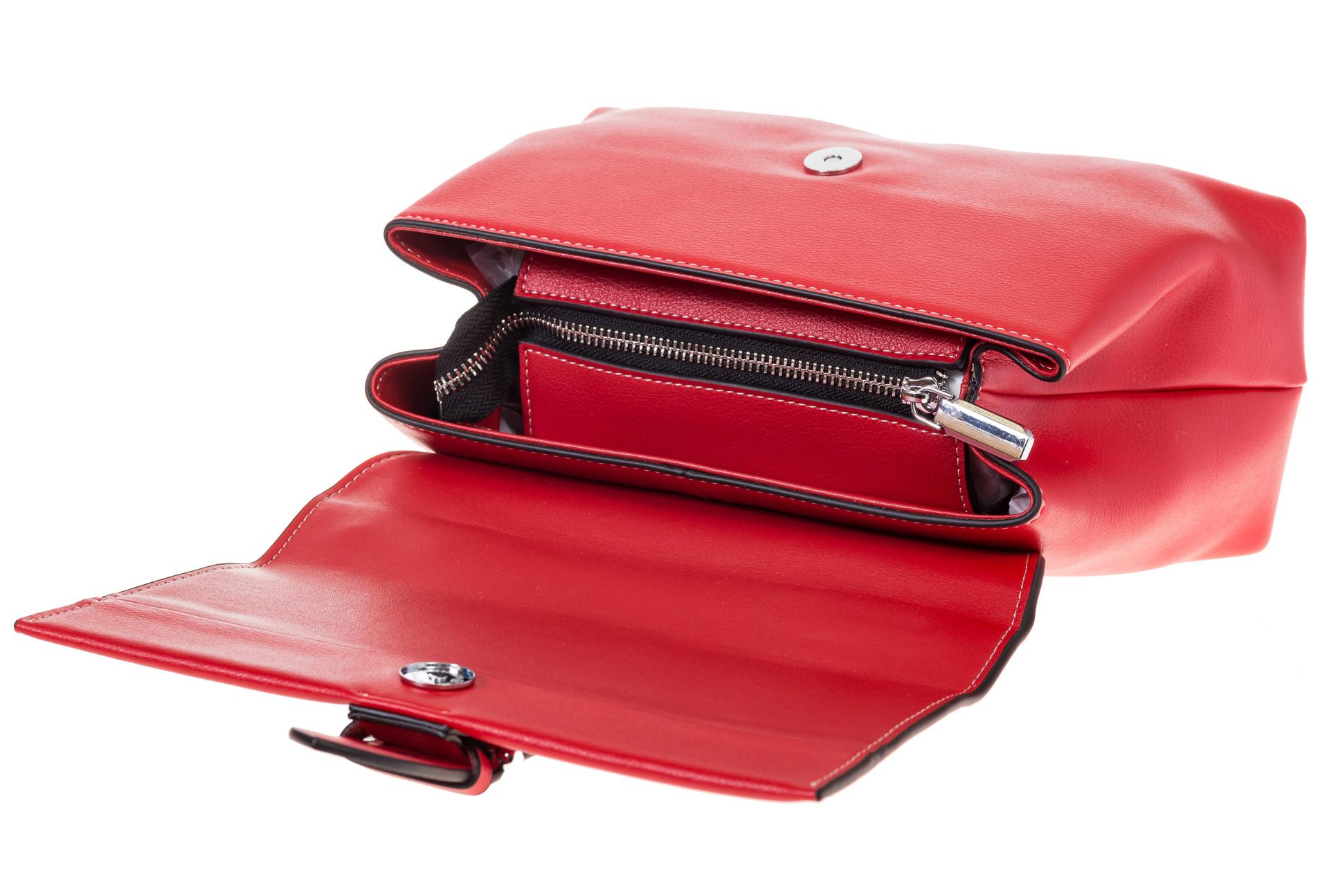 На фото 4 - Кожаная сумка красного цвета 3031AK