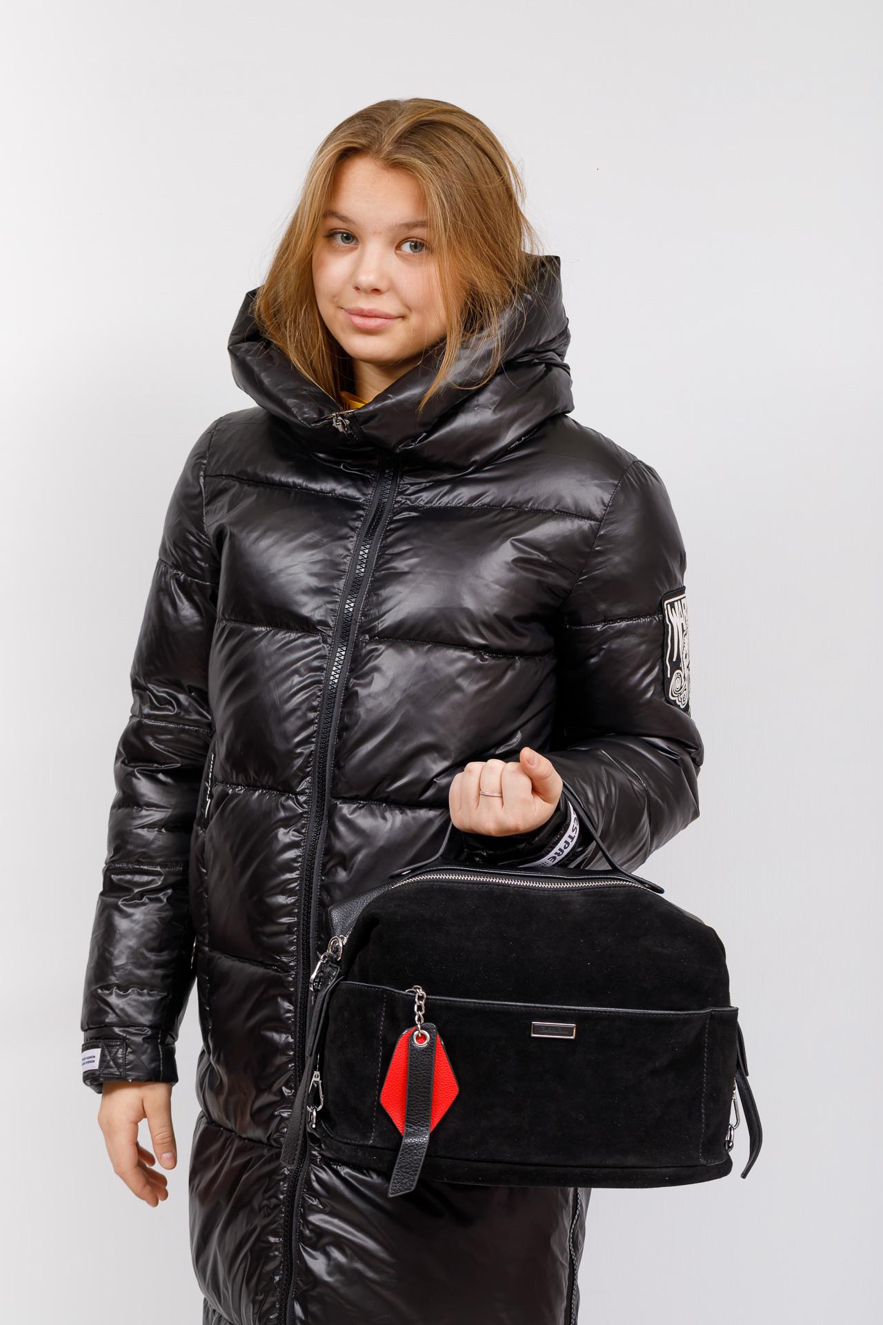 На фото 5 - Сумка женская с карманами из искусственной кожи и замши, цвет черный