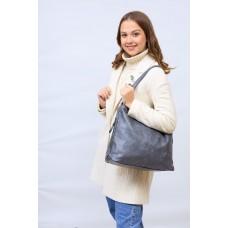 На фото 1 - Женская сумка хобо из искусственной кожи, цвет серый