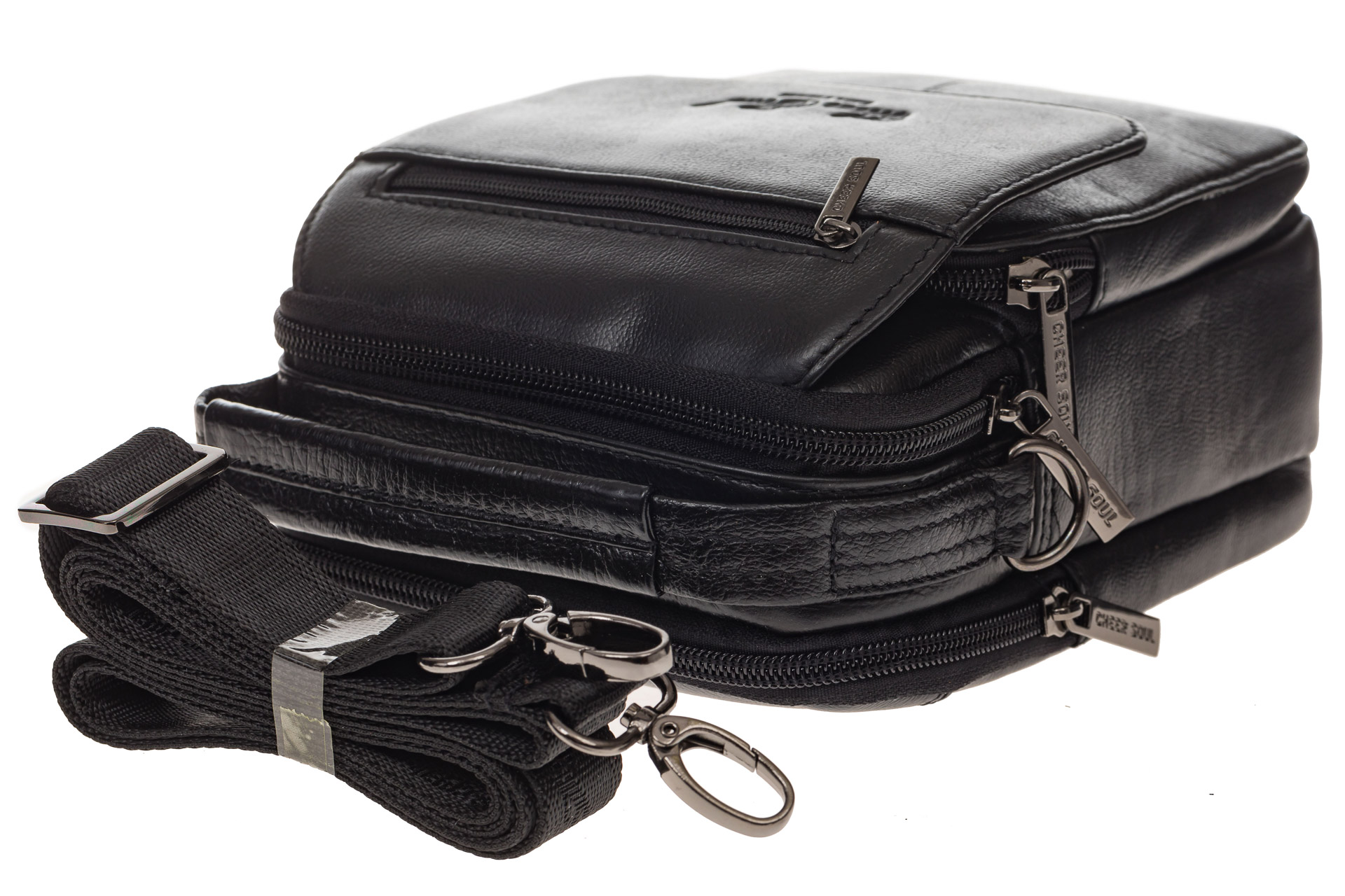 На фото 4 - Маленькая мужская сумка из натуральной кожи