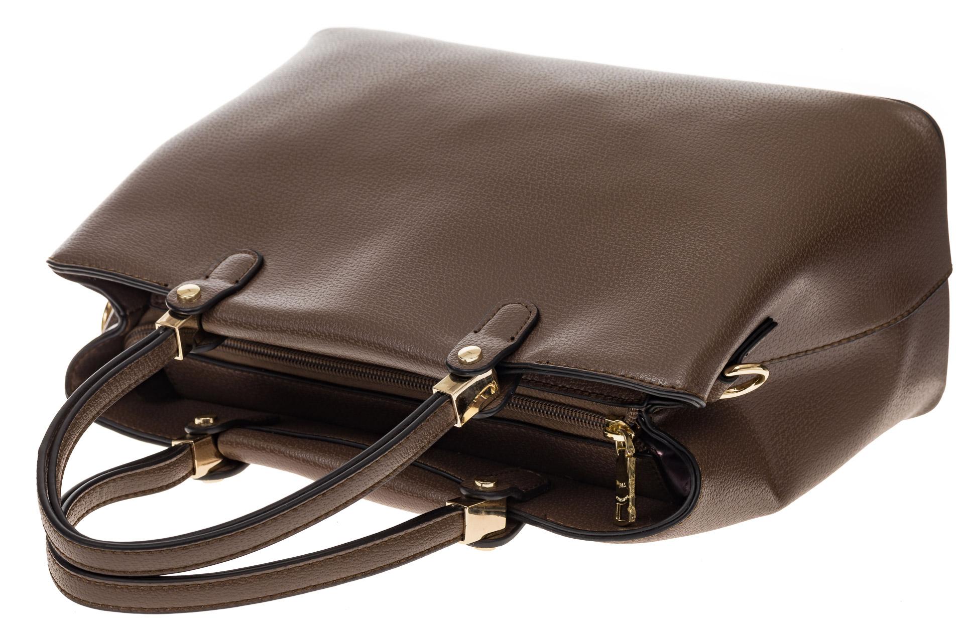 На фото 4 - Коричневая классическая сумка из искусственной кожи