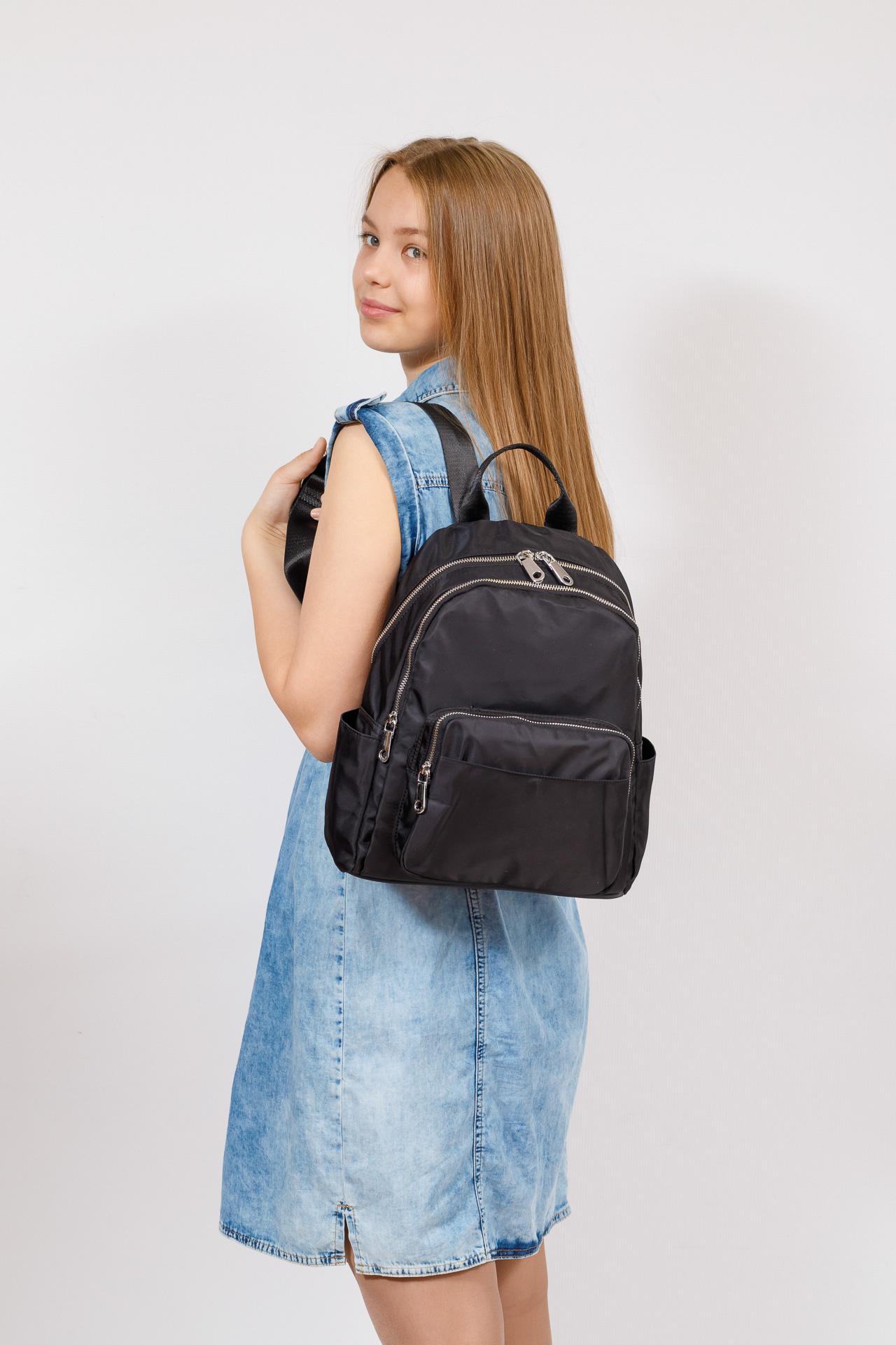 На фото 4 - Городской женский рюкзак из текстиля, цвет черный